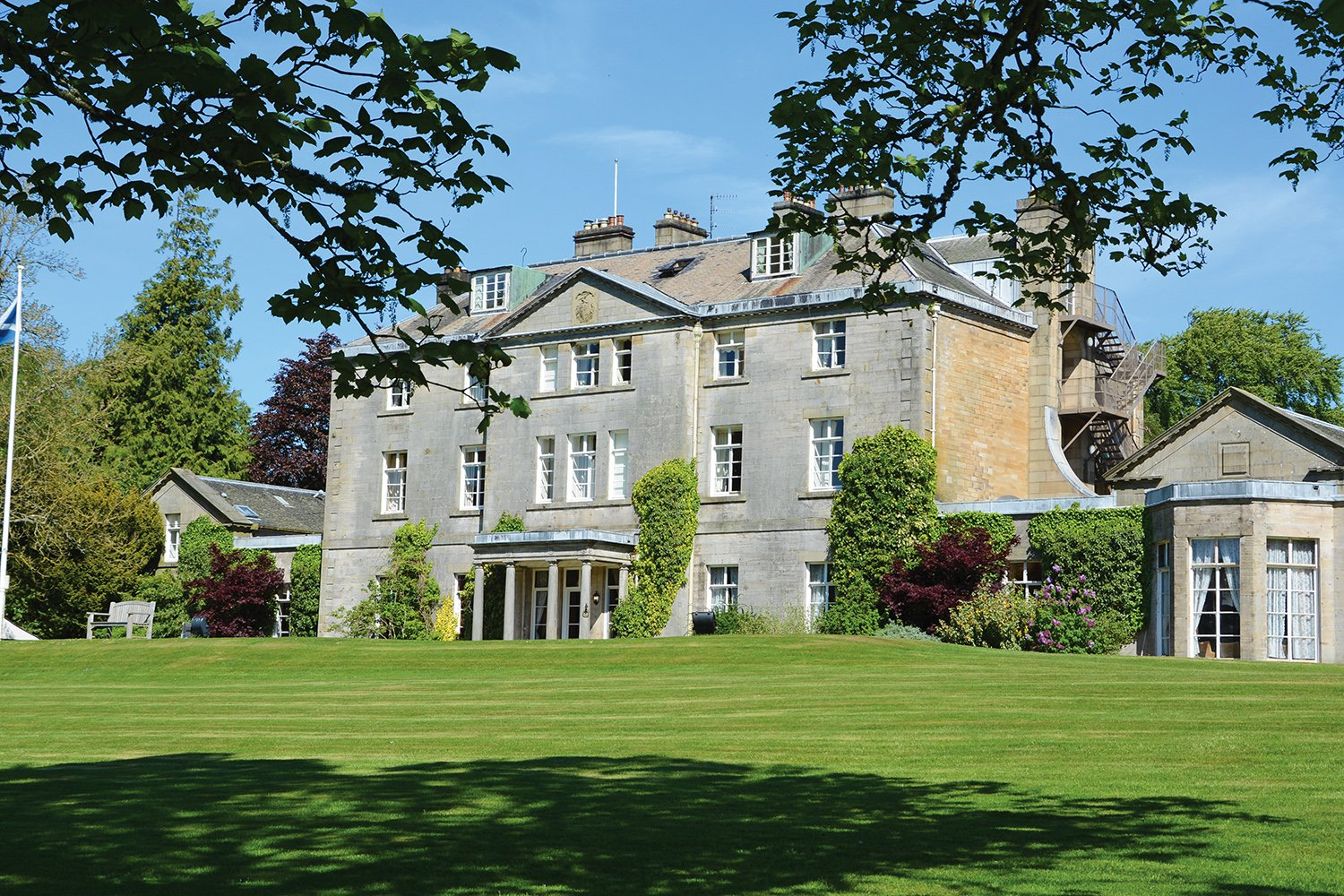 Castle Craig Hospital is located in the stunning countryside of the Scottish Borders, just 40 minutes' drive from Edinburgh